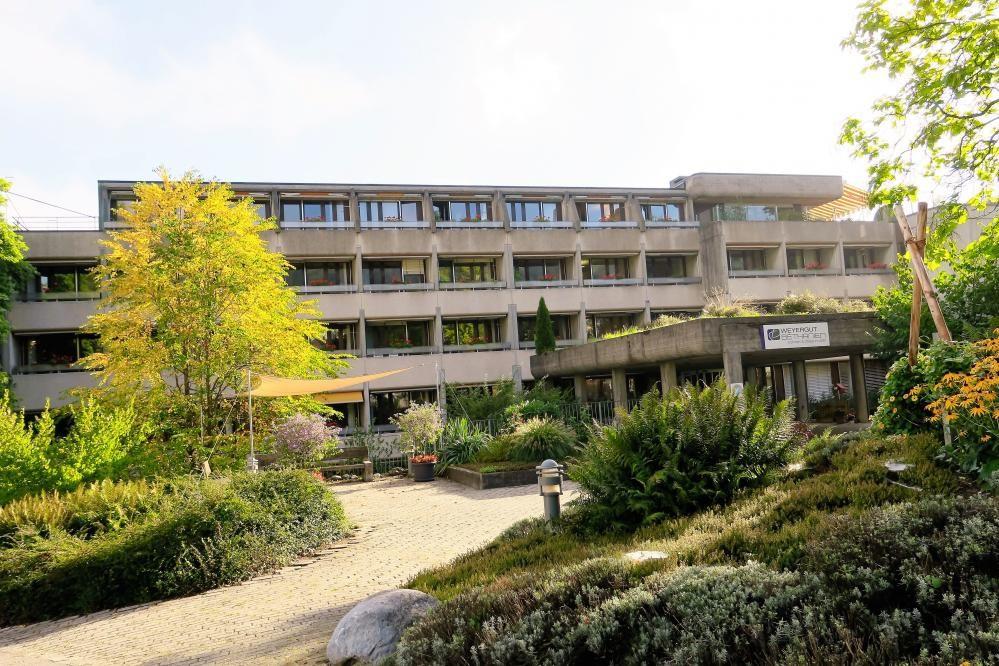 Zentrum Weyergut Pflegeheim.jpg