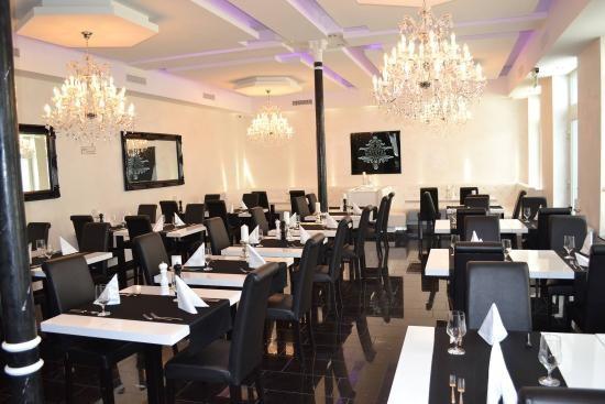 Restaurant Bar Crystal, Basel.jpg