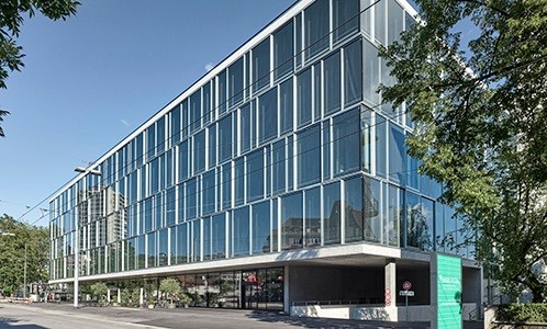 Inselspital Bern Installation Entrauchungsanlage.jpg